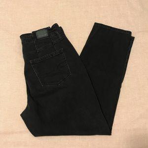 American Eagle high waist mom jeans